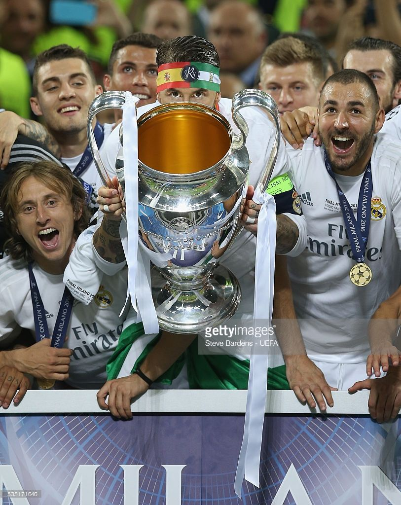 Previews Uefa Champions League Final Photos And Premium High Res Pictures Champions League Final Uefa Champions League Champions League Trophy