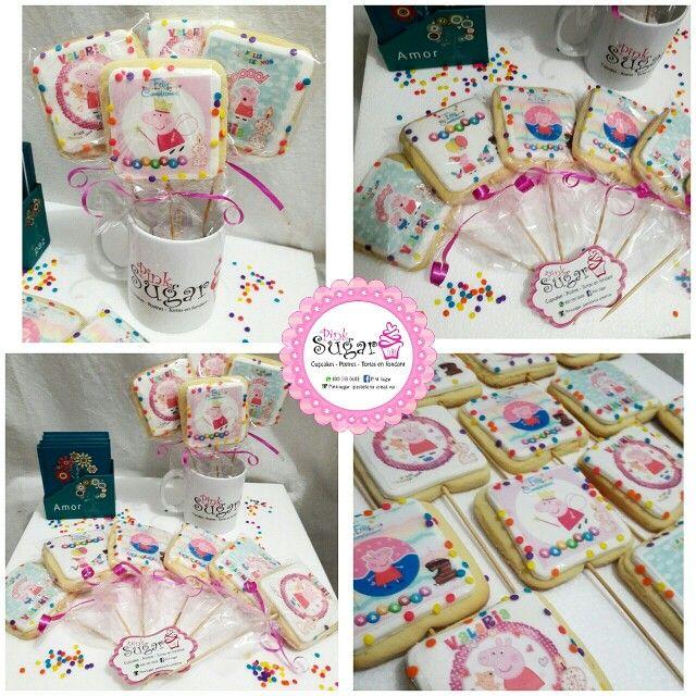 Galletas peppa pig pinksugar #pinksugar #cupcakes  #homemade  #casero  #barranquilla #pasteleria #reposteriacreativa #tortas #fondant #reposteriabarranquilla #happybirthday  #cake #baking  #galletas #cookies  #pinksugar #wedding #buttercream #vainilla #minion #oreo #passionfruit #cupcakesbarranquilla #peppapig