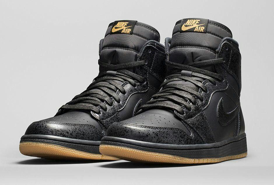 Nike Air Jordan Gencives Noires Rétro