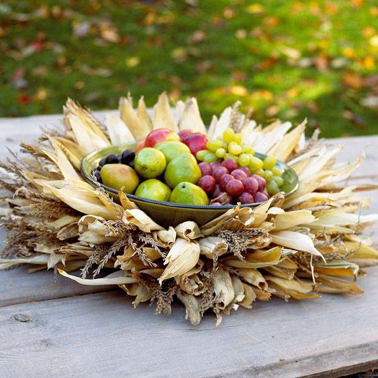 Centerpiece of Cornhusks and Fruit #AETN #BeMore