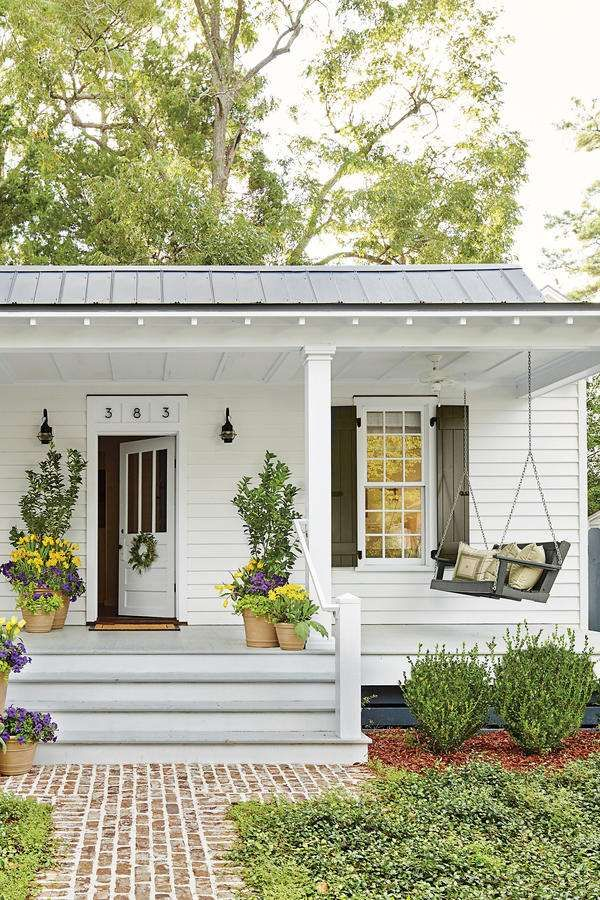 6 tips for living in a 660 square foot cottage front for Front deck designs bungalow