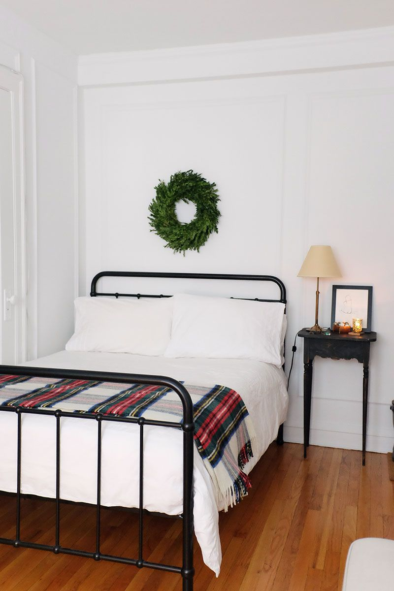 studio apartment | holiday decorating on a budget | studio ...
