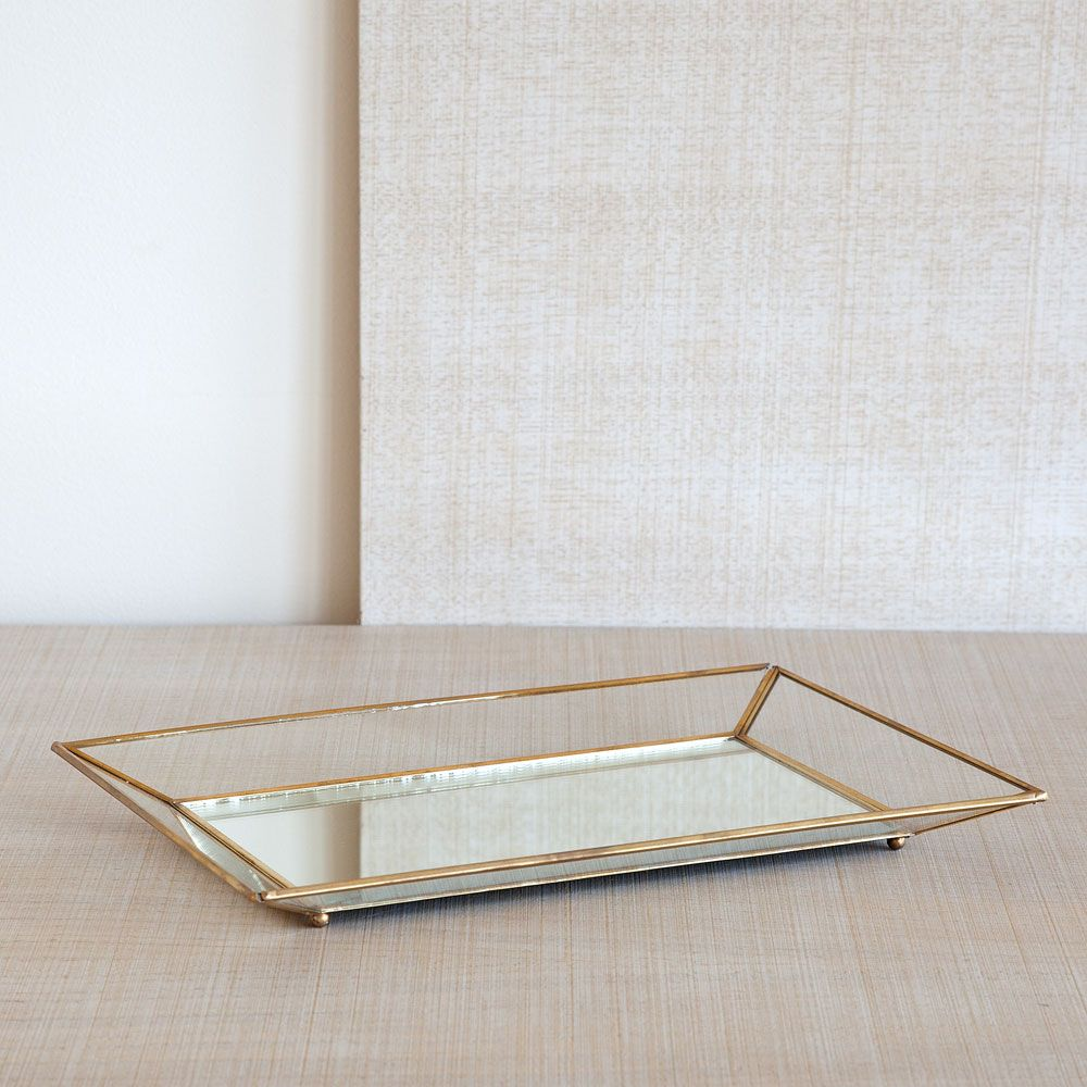 CRYSTAL TRAY WITH GOLDEN EDGES