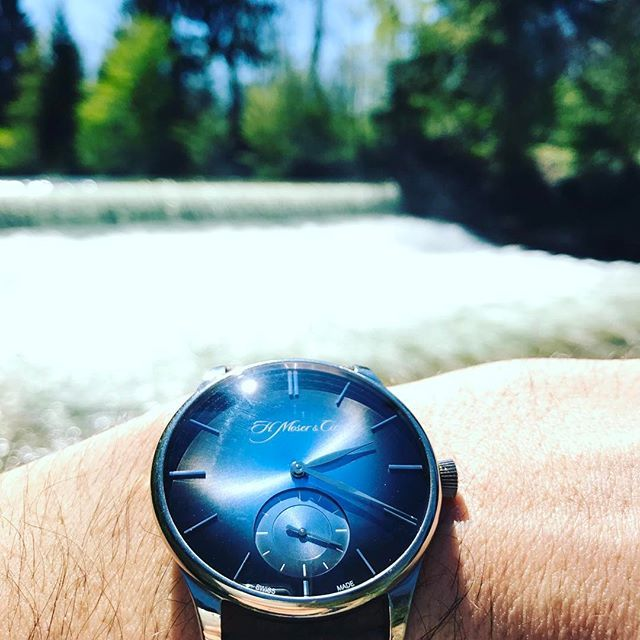 REPOST!!!  What a fantastic day ☀️ . . . . #moserwatches #moser #hmoser #watches  #dailywatch #menswear #watchaddict #watchesofinstagramm #luxury #horophile #menswatches #watchuseek #fancy #instantaneos #style #veryrare #purity #fumedial #art #mosermonday #fuméfriday #watchporn #veryrare #tourbillon #followus  #zurich  Photo Credit: Instagram ID @tobias.gruenenwald