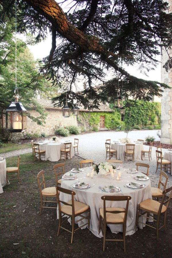 dining alfresco  Photography by http://simplephoto.ca, Wedding Planning by italyweddings.com