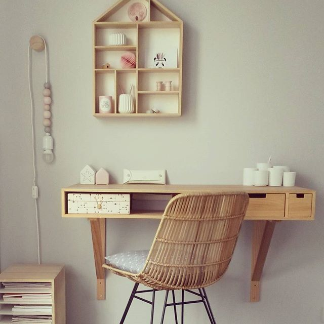 un bureau tr s bloomingville d coration de bureau scandinave madecoamoi followers 39 posts. Black Bedroom Furniture Sets. Home Design Ideas