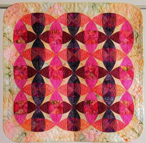 Wheel Of Mystery Floating Circles Variation By Helen Marshall A Class At Quilt University Colorful Quilts Circle Quilts Quilts