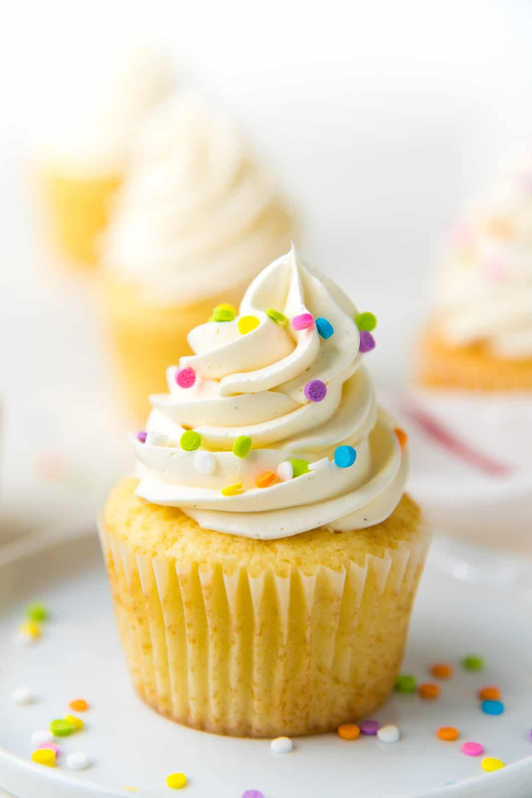 The Only Vanilla Cupcake Recipe You Will Need Get All The Tips You Need To Make Perfect Moist And S In 2020 Cupcake Recipes Vanilla Cupcake Recipe Sour Cream Recipes