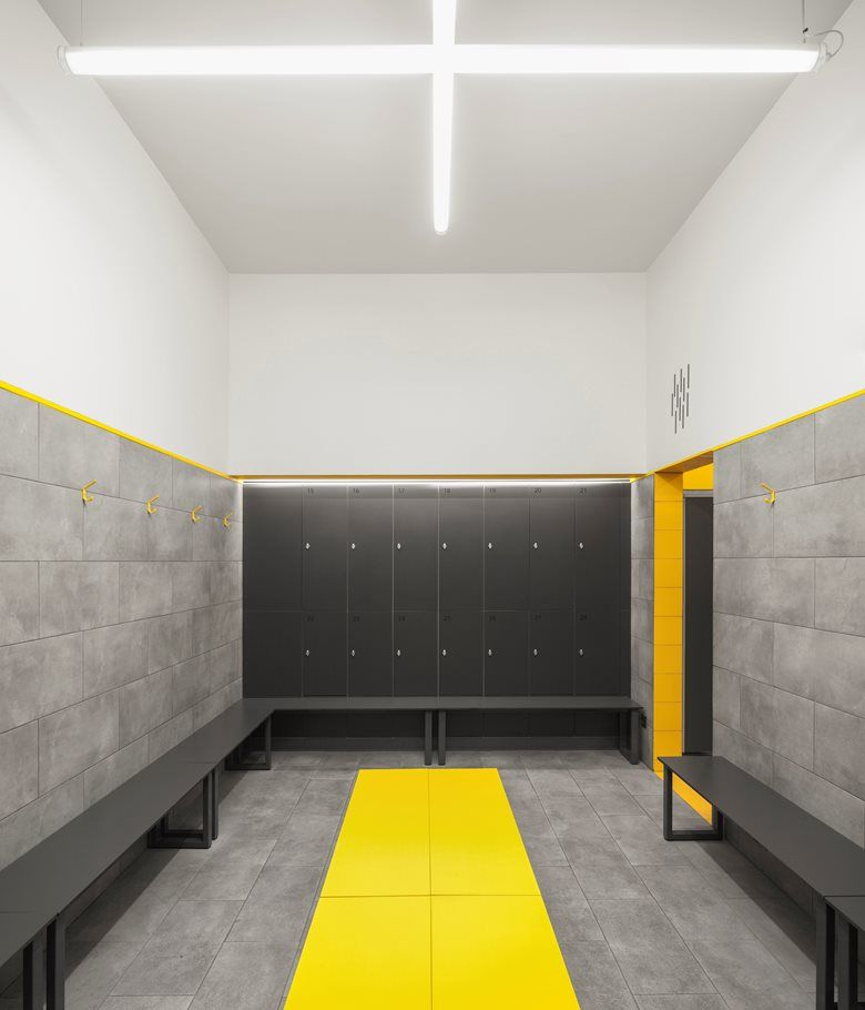 Mais Fitness Gym Picture Gallery Dressing Room Design Gym Interior Interior Design Gallery