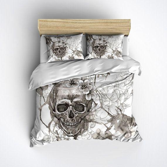 Skull Bedding   Vintage look Skull and Flower Print Comforter Cover   Sugar  Skull Duvet Cover. Lightweight Skull Bedding   Vintage look Skull and Flower Print