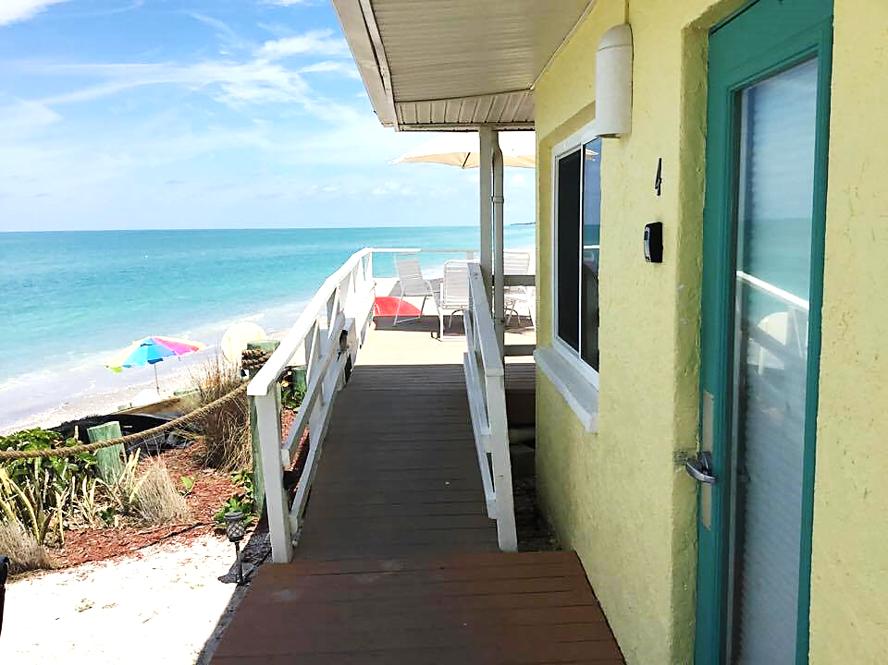 Room 4 At The Pearl Beach Inn On Manasota Key Florida