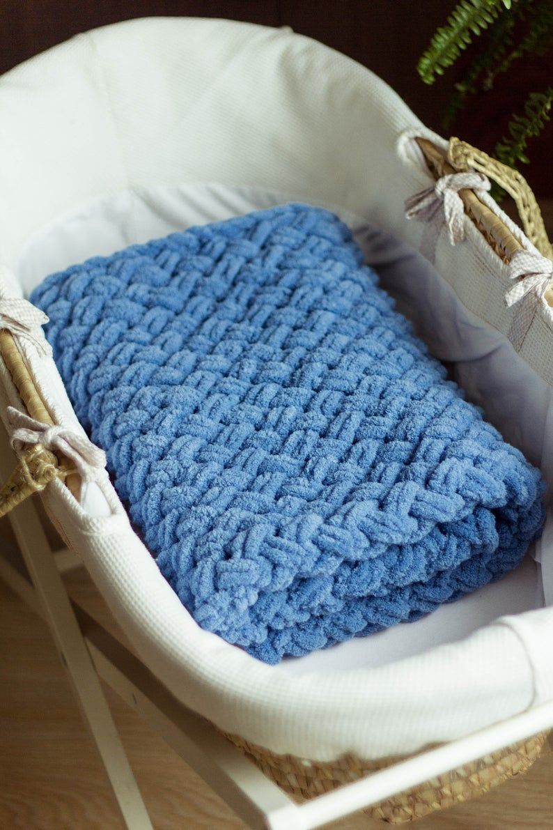 Thick Yarn Blanket Lapghan. Arm knitted Baby Throw. Extra