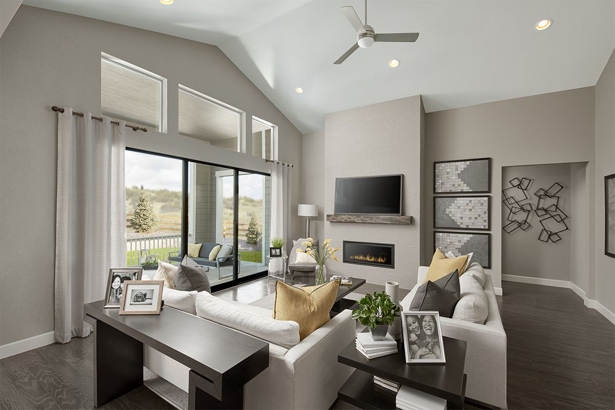 Soaring Ceiling Melody Model Home Great Room Castle Rock Colorado Richmond American Homes In 2020 Dream House Rooms Home Buying Home