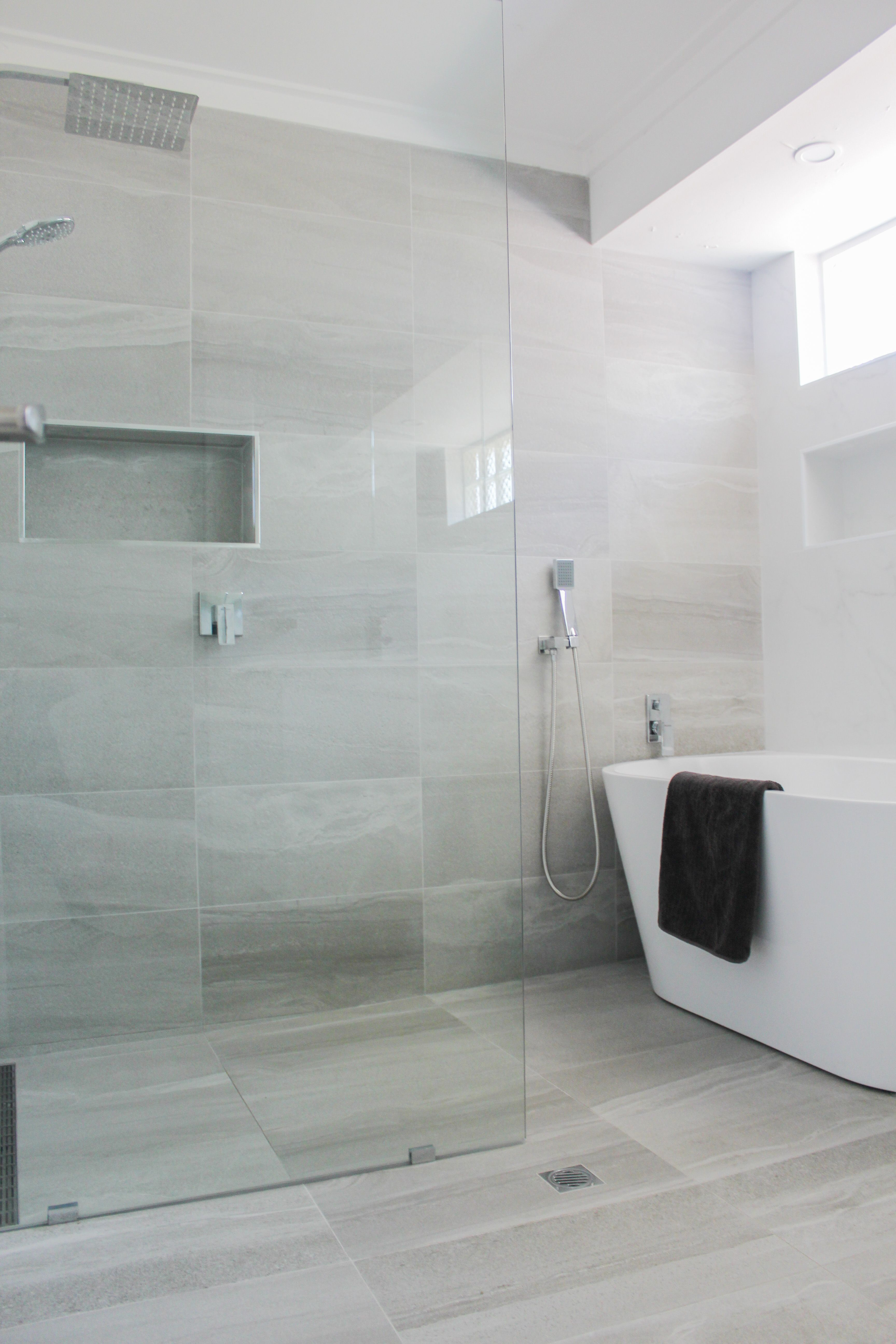 Wet Room Set Up Walk In Shower Bath In Shower Area Small