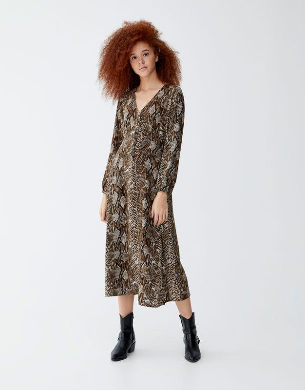 1fa127a28eca Snakeskin print midi dress - pull bear