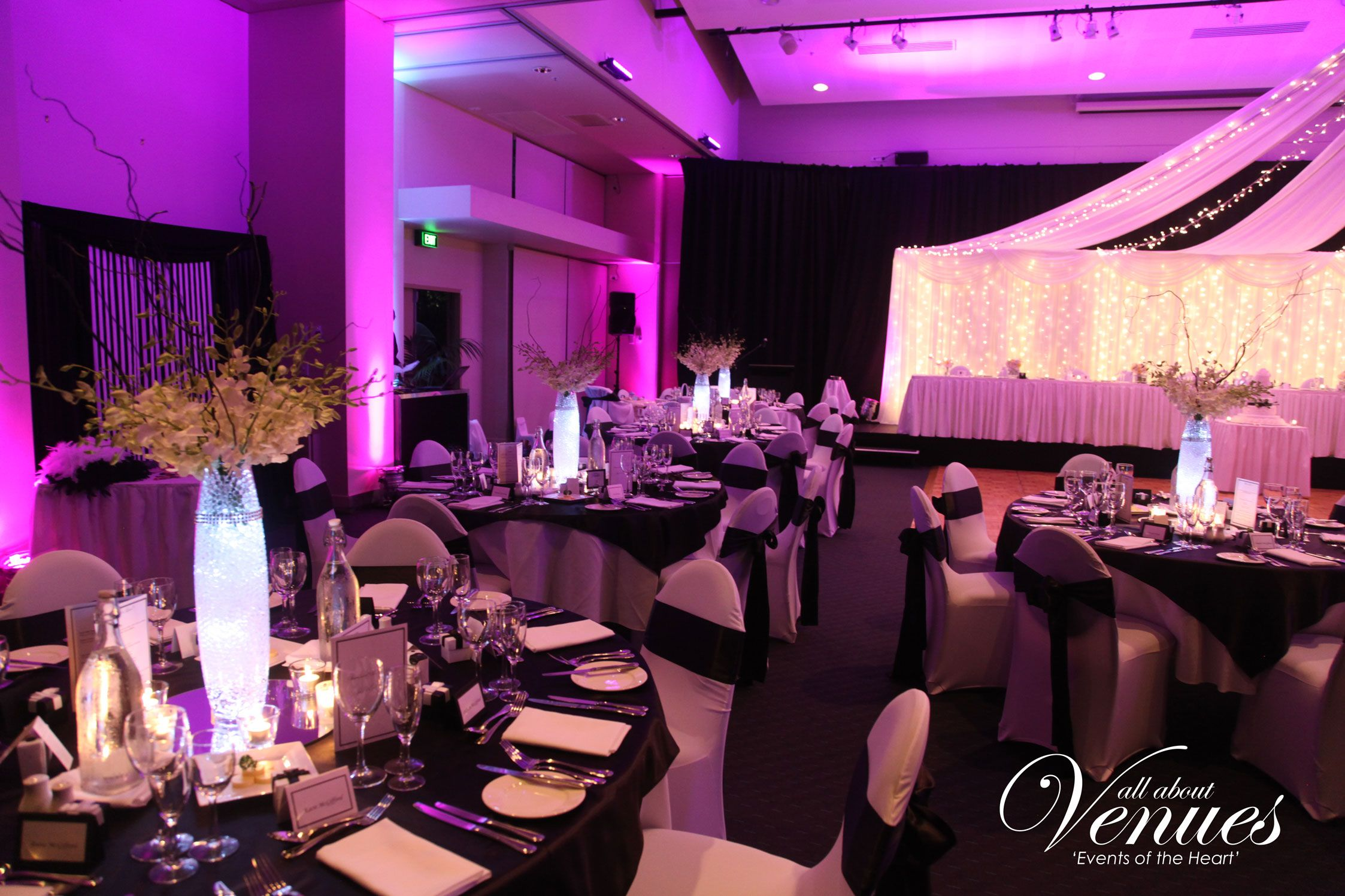 Idea Light Panel Behind The Wedding Party Table Only Wedding