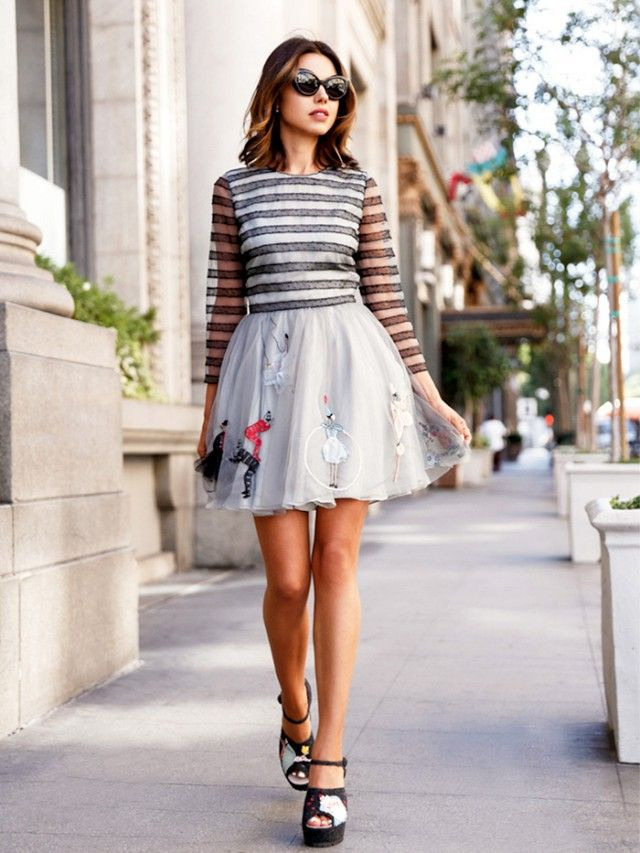 4 Genius Styling Tips To Dress Down A Cocktail Dress Fashion Tips Fashion Pretty Dresses