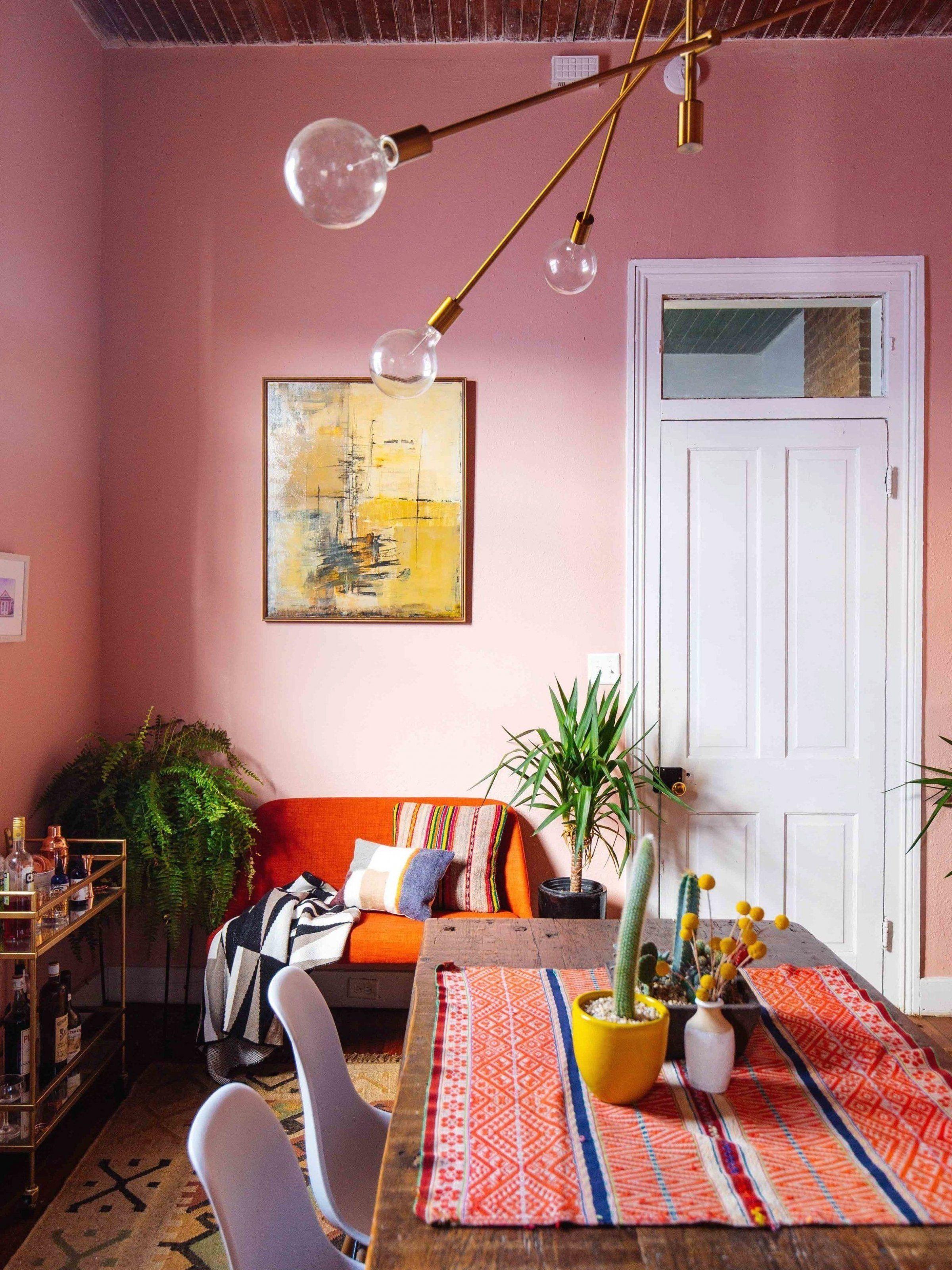 oturmaodas    livingroom  desenlikuma  lar  etnikdesenler  duvarrengi  ayd  naltmamodelleri  evi  in  evdekoru  evdekorasyonfikirleri  bitki  bitkiyetistirme  masa  sandalye  tasar  mevler #