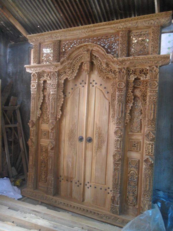 JUAL GEBYOK / GAPURA PINTU JATI 2 METER | Furniture Mebel Jati Khas Jepara  untuk lebih detail dan jelas Gebyok jati ukiran antik yang ready pada workshop kami silahkan kunjungi: http://www.mebeljati.info  Terima kasih