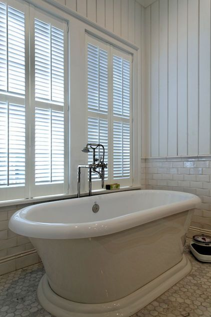 The Horizontal Lines Of This Subway Tile Wainscoting And