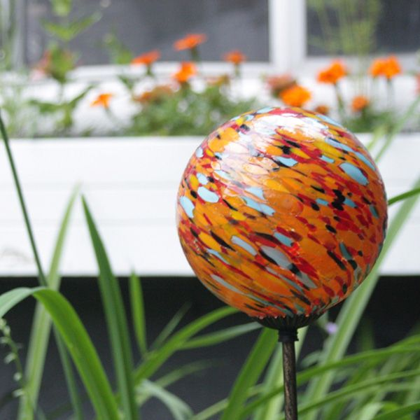 Nectar Solar Garden Art. Energize Your Garden With A Combination Of Bold  And Tranquil Colors