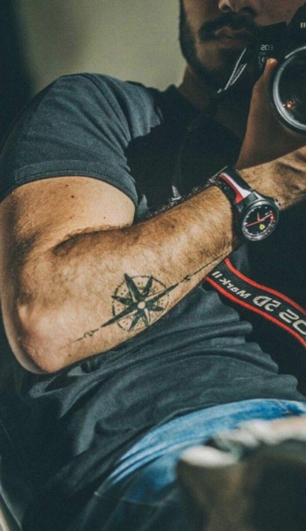 40 kleine Tattoo-Designs für Männer mit tiefen Bedeutungen #fashion
