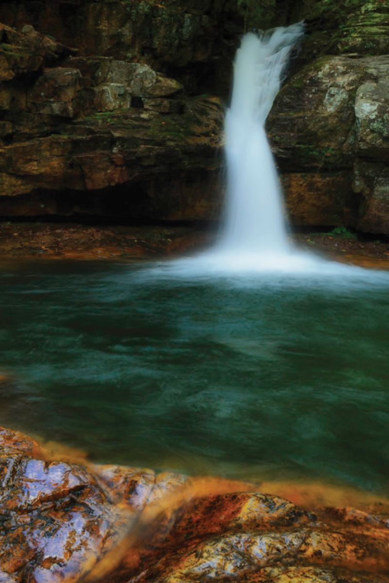 The Sapphire Pool In Tennessee That's Devastatingly ...