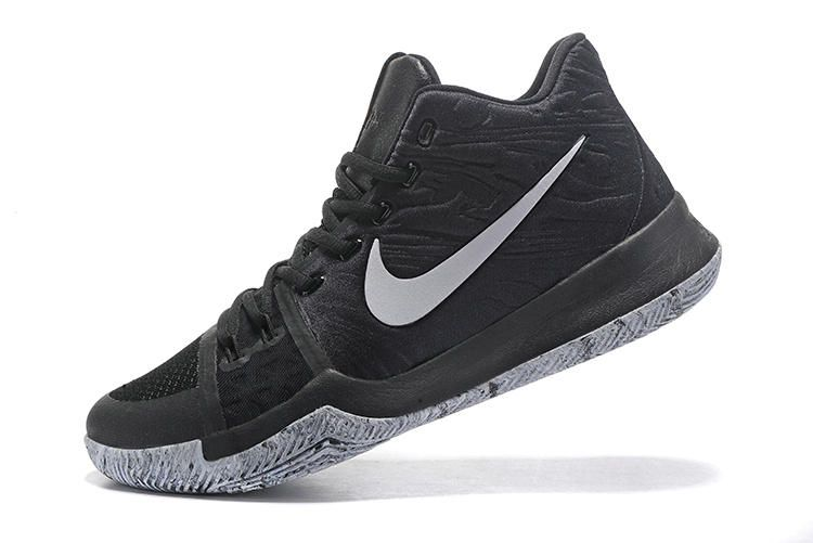reputable site 6e289 26e6a Authentic Nike Kyrie 3 Black White 852415-001 Nike Heren, Goud Metallic,  Zwart
