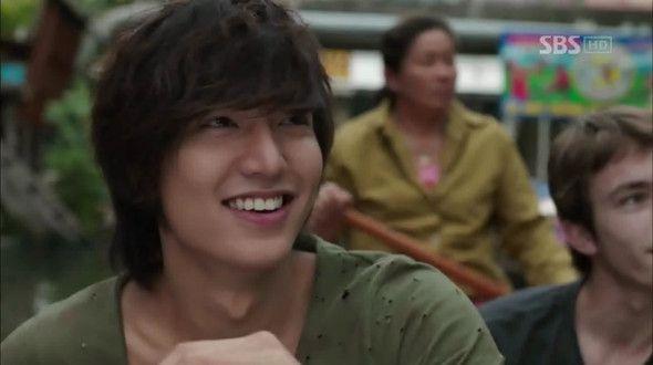 City Hunter Episode 1 Watch Full Episodes Free Korea Tv Shows Viki City Hunter Episode 1 City Hunter Lee Min Ho