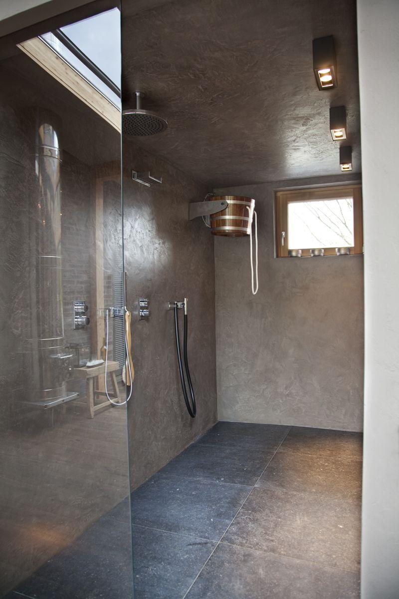 Dusche in Putz | Bad | Fugenlose dusche, Badezimmer und Kalkputz