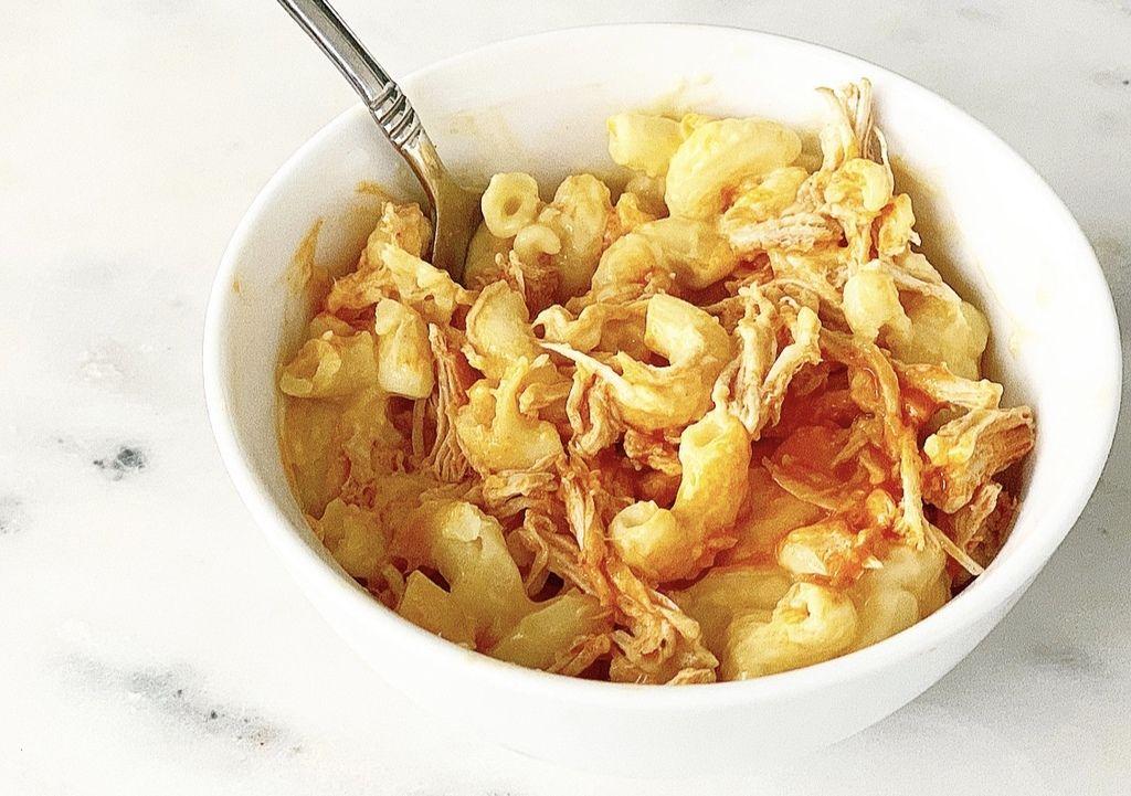 Buffalo chicken mac and cheese mac cheese crock pot