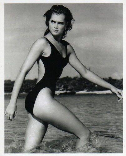young Brooke Shields    SWOON 'n SWIM!