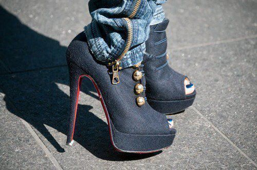 gunmetal gray, peep-toed, military buttons, red sole... wow!