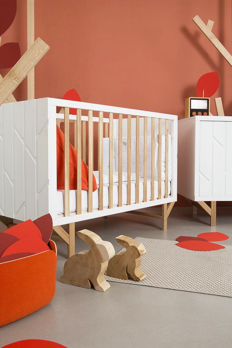 Hekla Revisite Pour Natalys L Univers Onirique De La Foret A Travers La Chambre Forest Inspiree Par L Imaginaire Des Contes Pour Home Decor Decor Furniture