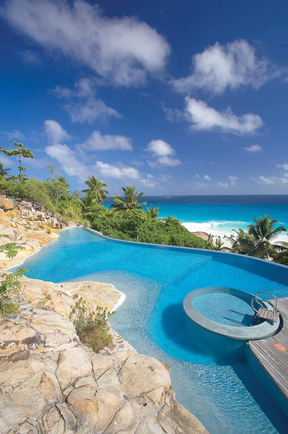 infinity pool in the seychelles swimming pools. Black Bedroom Furniture Sets. Home Design Ideas