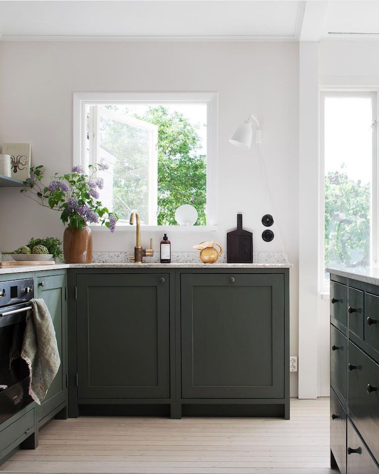 My Scandinavian Home The Fabulous Stockholm Home Of Lovisa Hager With Images Home Decor Kitchen Kitchen Inspirations Dark Green Kitchen