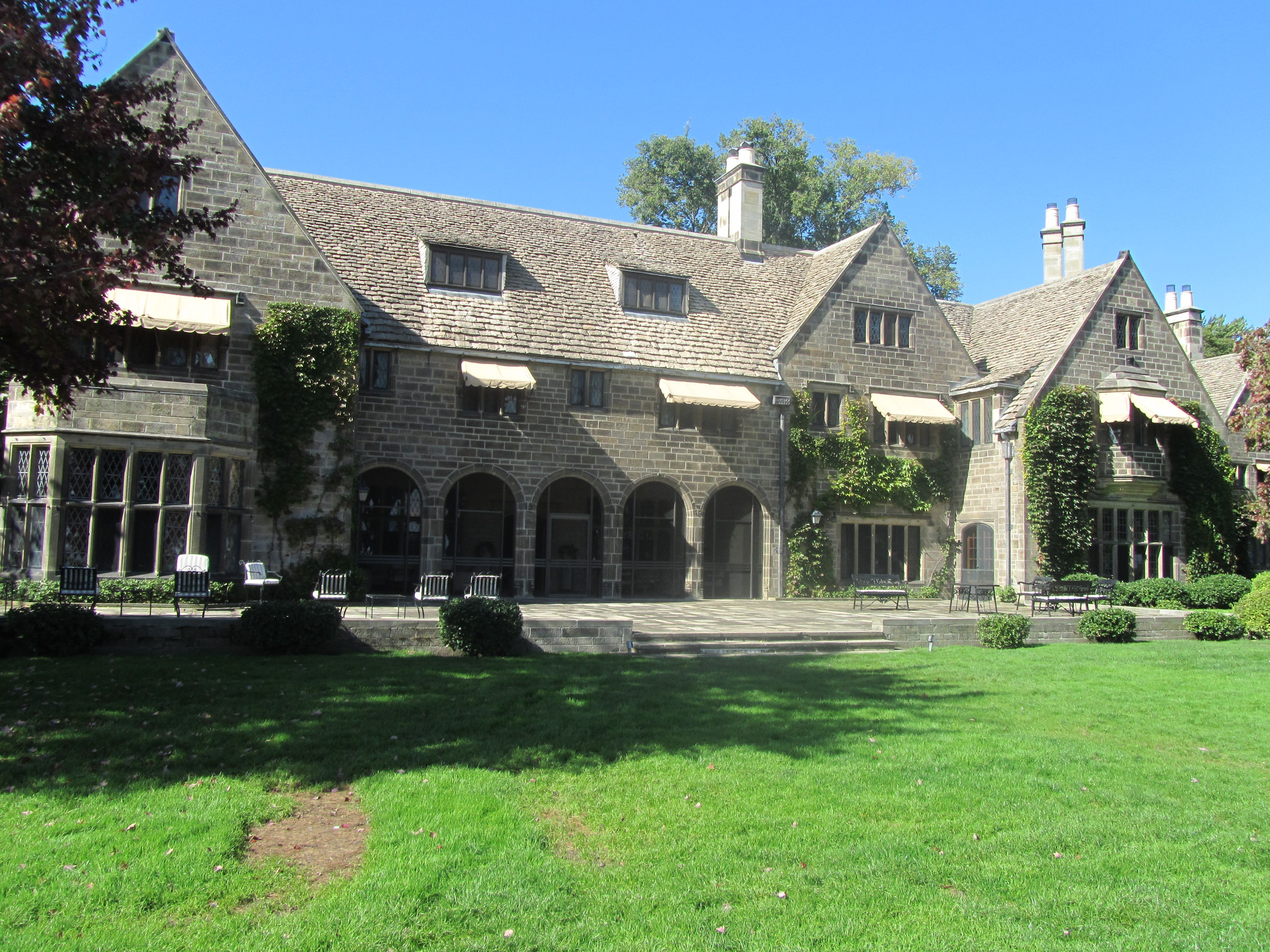 Grosse Pointe Shores Mi Edsel Ford House 1929 Son Of Henry Ford Mansions Gold Coast Edsel