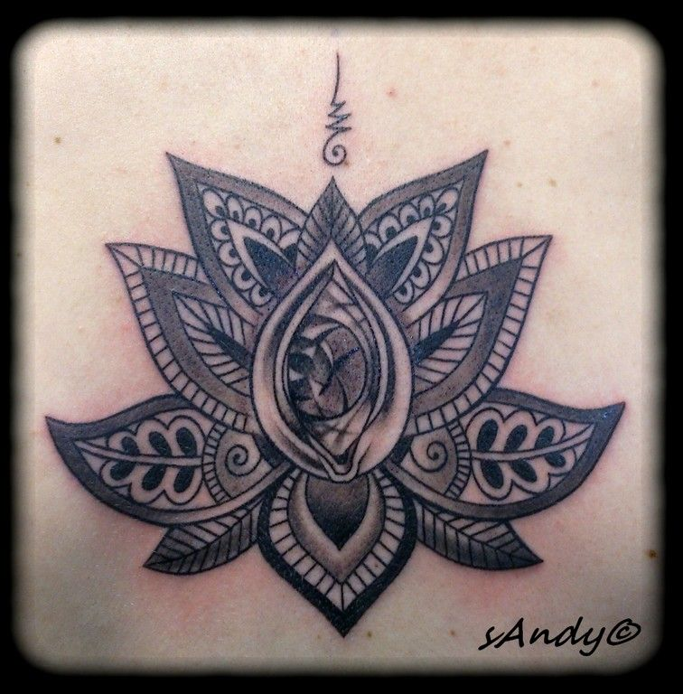 tatouage fleur de lotus graphique | tatoo | pinterest | tatoo