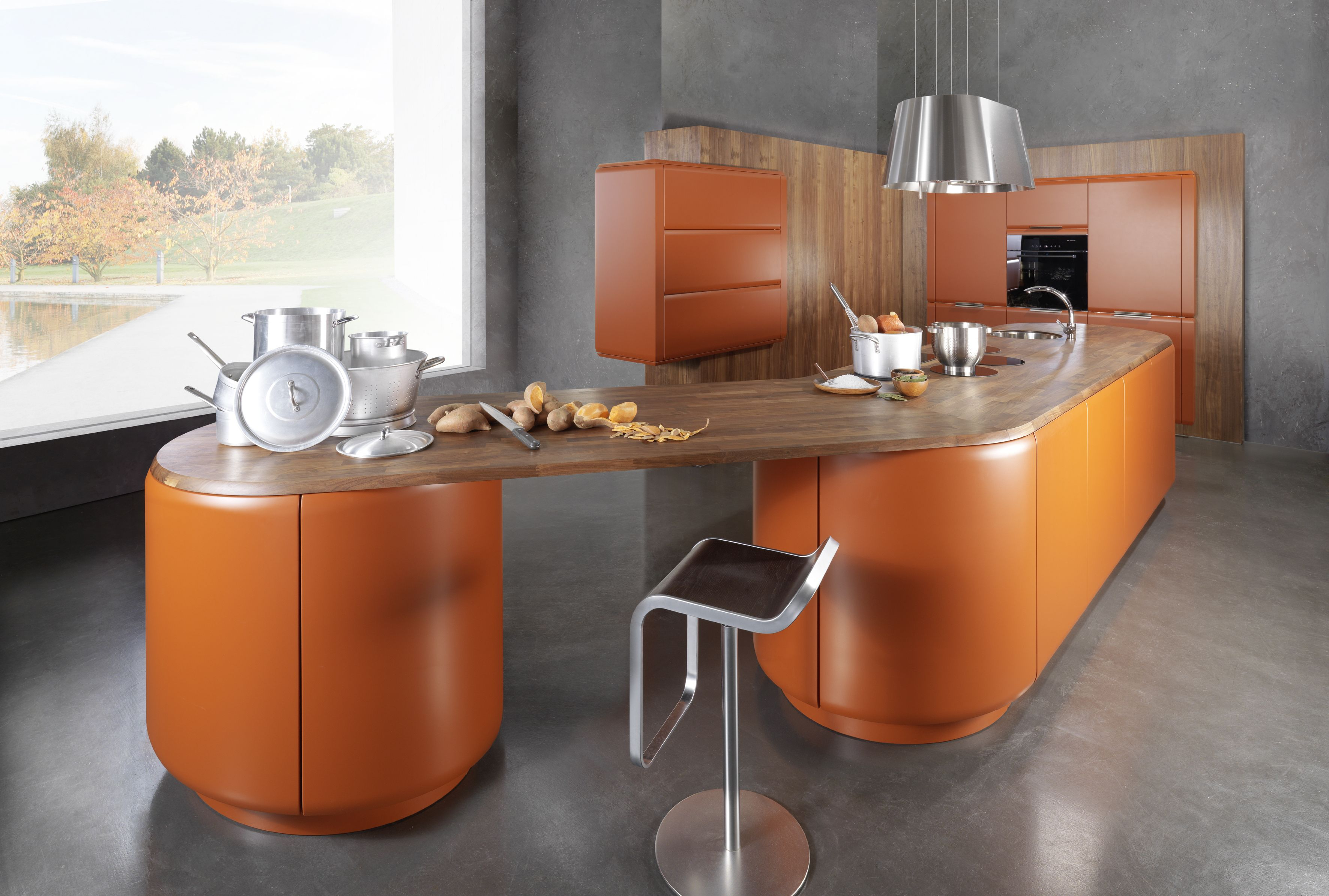 Onda kitchen from Rational in high gloss orange www.rational.de ...