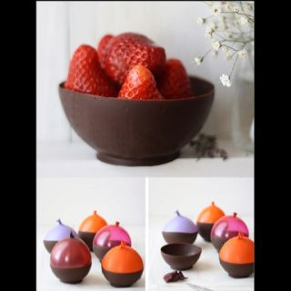 Chocolate. Bowls. WANT.