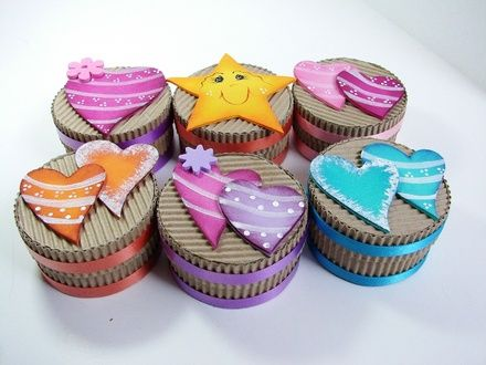 Cajitas decoradas manualidades con foamy pinterest fomi buscar con google y cajas - Manualidades cajas decoradas ...