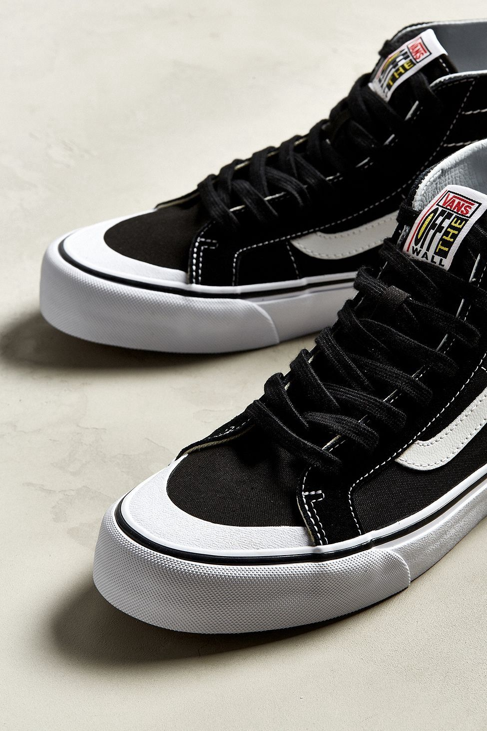 ff319eb87543 Urban Outfitters Vans Sk8-Hi 138 Decon Sf Sneaker - Black + White One Size