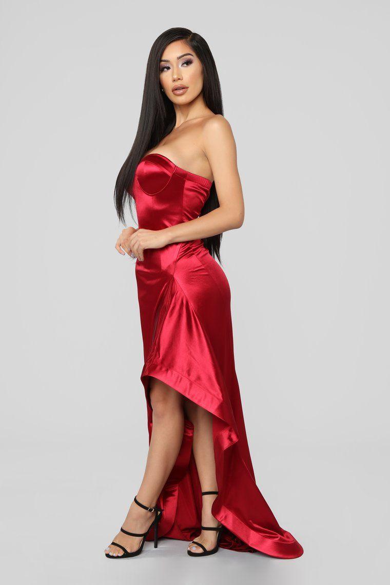 I'm Just Drawn That Way Ruffle Dress Red Fashion Nova