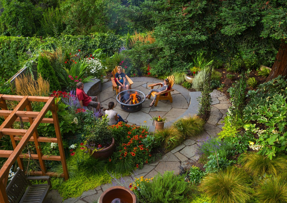 Landscapers Are Kings Of The Hill On Queen Anne The Seattle Times In 2020 Landscape Plans Landscape Structure Landscape Plan