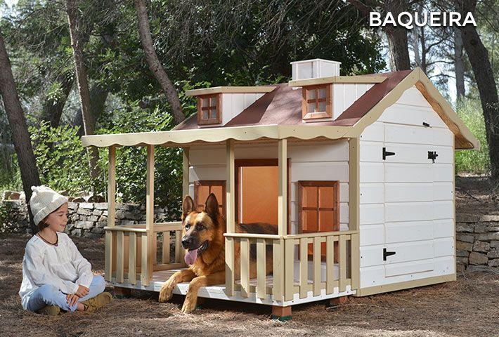 isolierte hundeh tte mit berdachter veranda baqueira. Black Bedroom Furniture Sets. Home Design Ideas