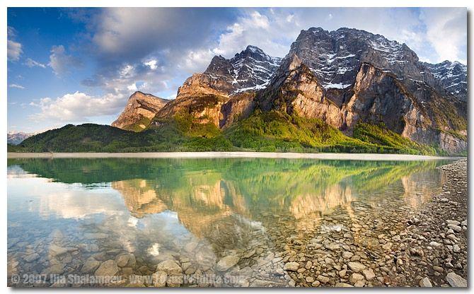 Nature Wildlife Photography Switzerland Klontaller Lake Beautiful Places To Travel Beautiful Places Nature Beautiful Lakes