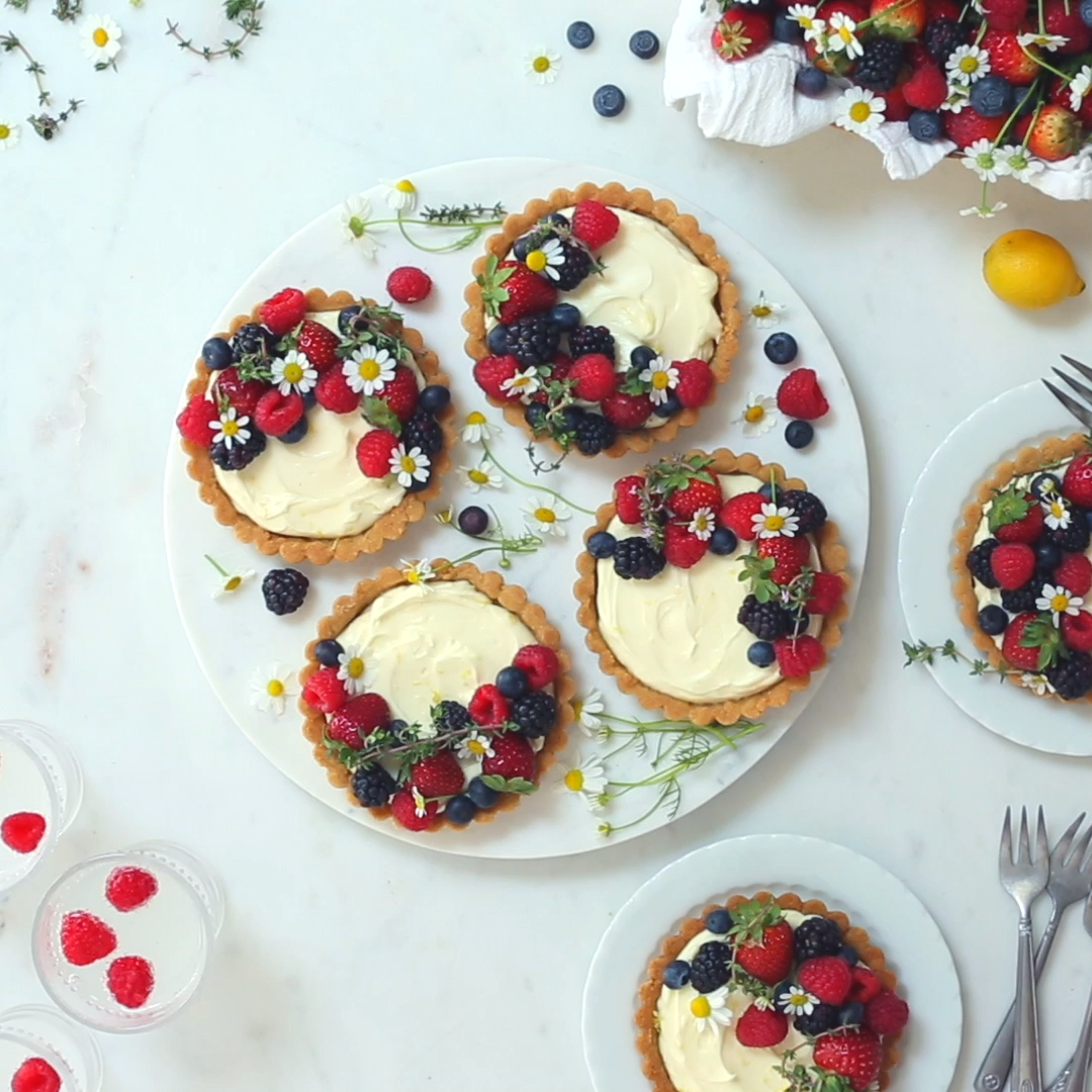 Berry Mascarpone Tarts with Almond Shortbread Crus