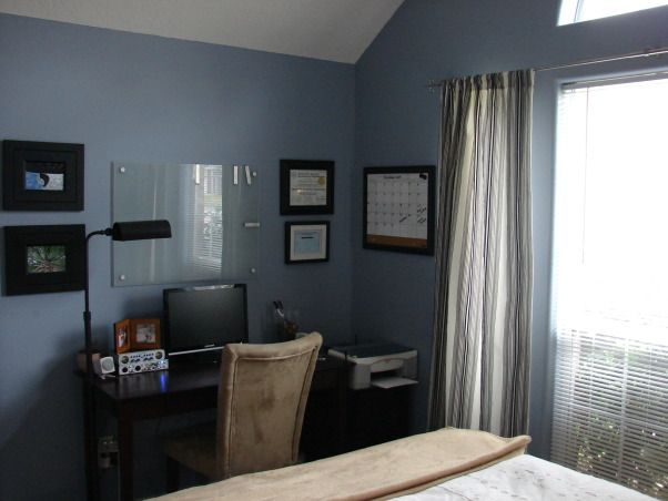 Image of: Home Office Bedroom Combination With Home Office Bedroom Decorating Ideas View In Gallery Custom Barn Door Closes Off Both The And Home Office Room Decorating Ideas Guest Bedroom Combination Tinyrxco