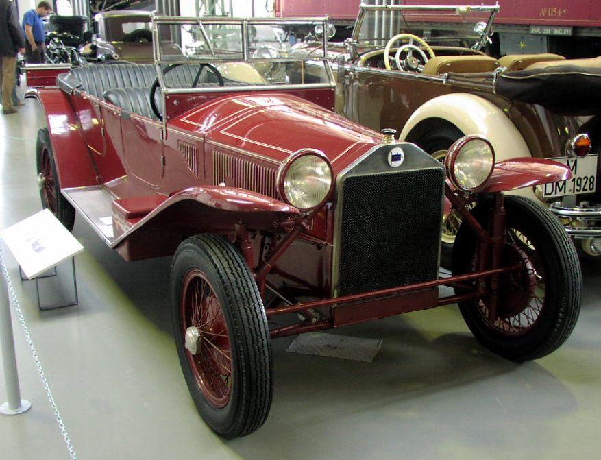 MHV Lancia Lambda 1923 01.jpg