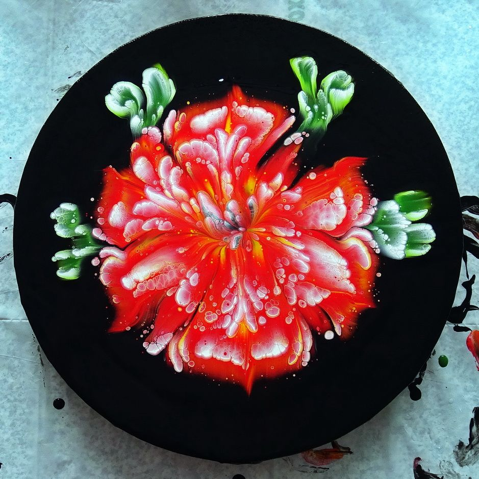 Hibiscus Flower Acrylic Pour Painting Reverse Flower Dip Paint Withme In 2020 Acrylic Pouring Pouring Art Hibiscus Flowers